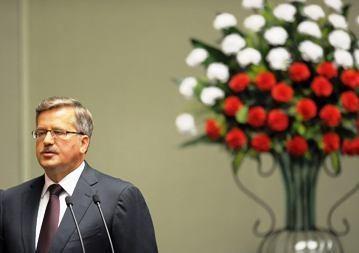 B. Komorowskis Vilnių išmainė į Briuselį ir Paryžių