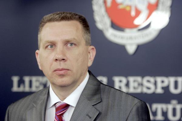 D.Valys žada asmeniškai prižiūrėti Kauno skandalo bylas