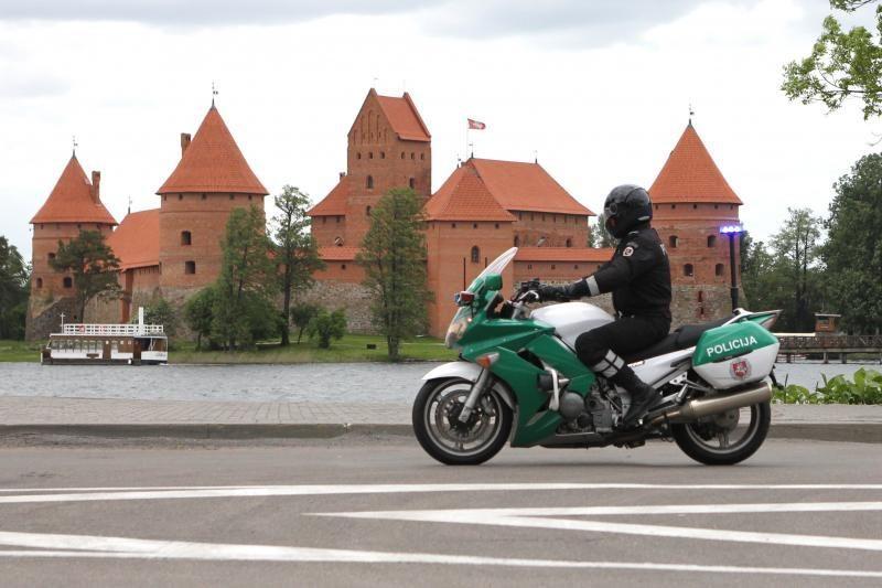 Policija pradeda patruliuoti ir motociklais