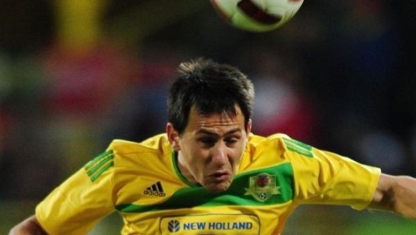 Šiurpu: Rumunijos futbolo lygoje gynėjas po smūgio neteko 5 dantų