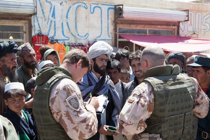 Į Afganistaną išvyksta Lietuvos karių išvedimą koordinuosianti grupė