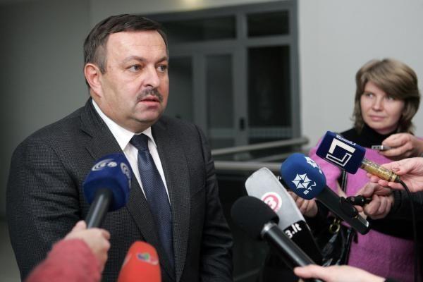 Atsistatydinti V.Navicką ragina 37 savivaldybės tarybos nariai iš 51