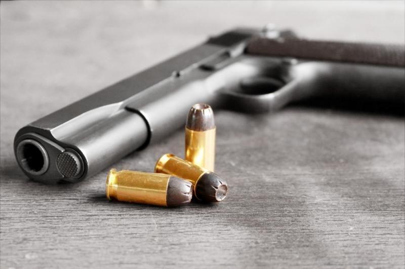 Konektikute pasirašyti griežčiausi ginklų įsigijimo įstatymai