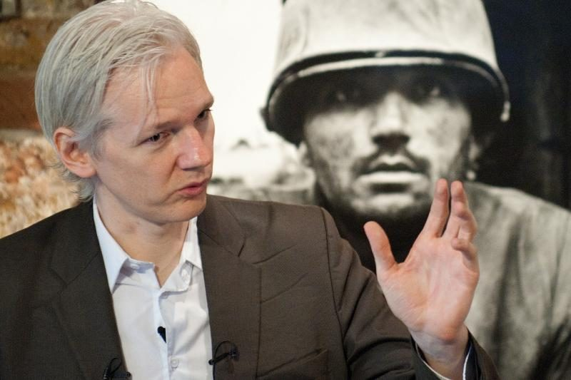 J. Assange'as: kitais metais paskelbsime milijoną dokumentų