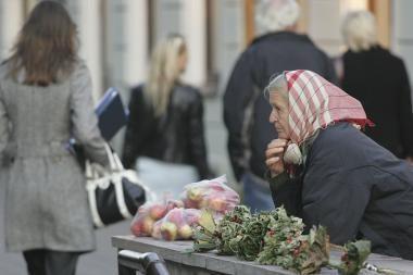 Siūloma ateityje kompensuoti pensijas dirbantiems pensininkams