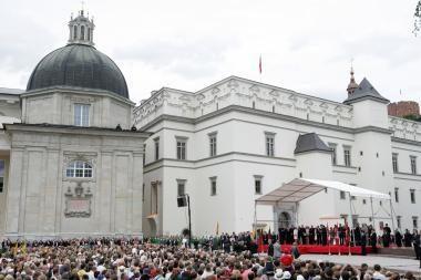Prezidento atminimo įamžinimas: siūloma labdaros akcija Valdovų rūmams remti