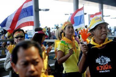 Tailando protestuotojai pasiruošę žūti