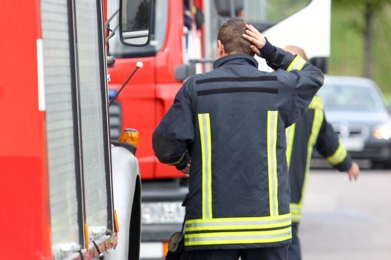 Ugniagesiai gelbėjo   nelaimėlių gyvybes