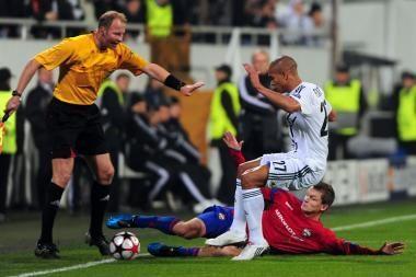 D.Šembero klubas - UEFA Čempionų lygos aštuntfinalyje