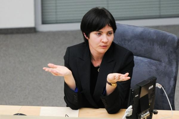 Seimas nesutiko net svarstyti E.Žiobienės atsistatydinimo