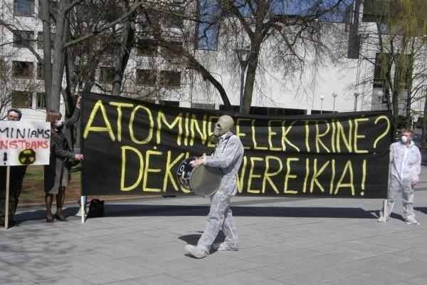 Vilniuje - trys piketai prieš naujų AE statybas (papildyta)