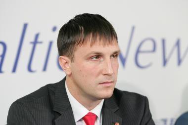 A.Sacharukas traukiasi iš Seimo komisijos pirmininko posto