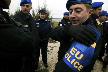 ES pradeda misiją Kosove