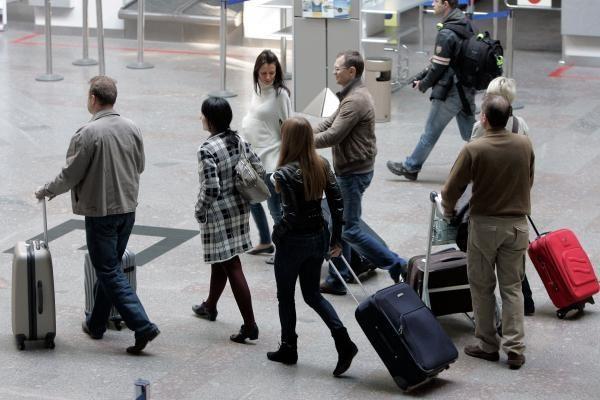 Vilniaus ir Kauno oro uostuose - vėluojantys skrydžiai