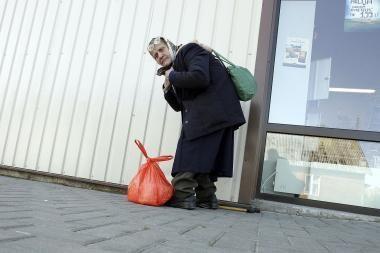 Sukčiai savivaldybės vardu renka pinigus iš pensininkų