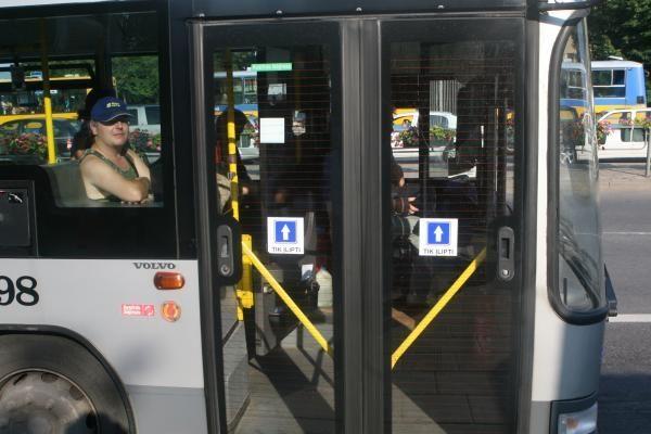 Vilniuje keičiasi kai kurių autobusų tvarkaraščiai ir maršrutai
