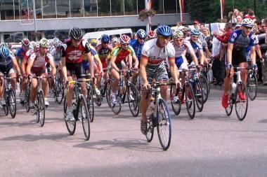 """Vilniaus """"Velomaratonas"""" jau sulaukė per 370 dviračių entuziastų"""