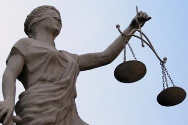 Teisėjai ragina valdžią reglamentuoti valstybines pensijas