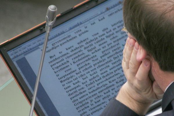 V.Uspaskichas rašo lietuviškai: 5 žodžiai - 7 klaidos