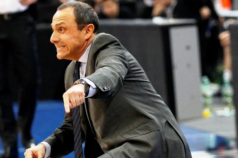Krepšinio profesoriumi vadinamas E. Messina imsis muštruoti turkus?