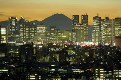 Japoniją supurtė žemės drebėjimas