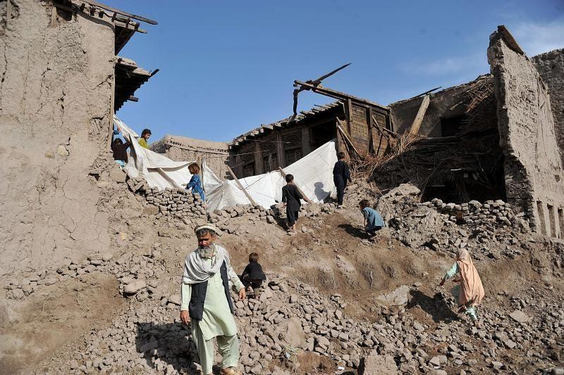 Afganistane per žemės drebėjimą ir potvynius žuvo 38 žmonės
