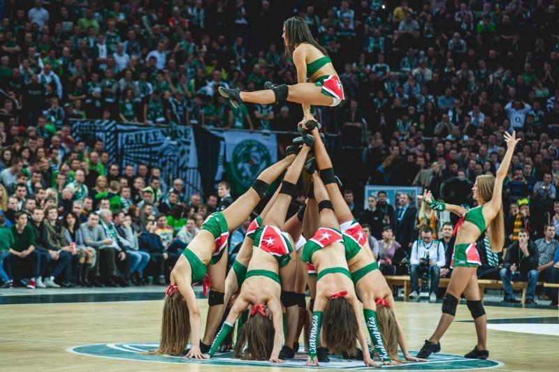 Prasideda geriausios šokėjų komandos rinkimai (balsuok!)