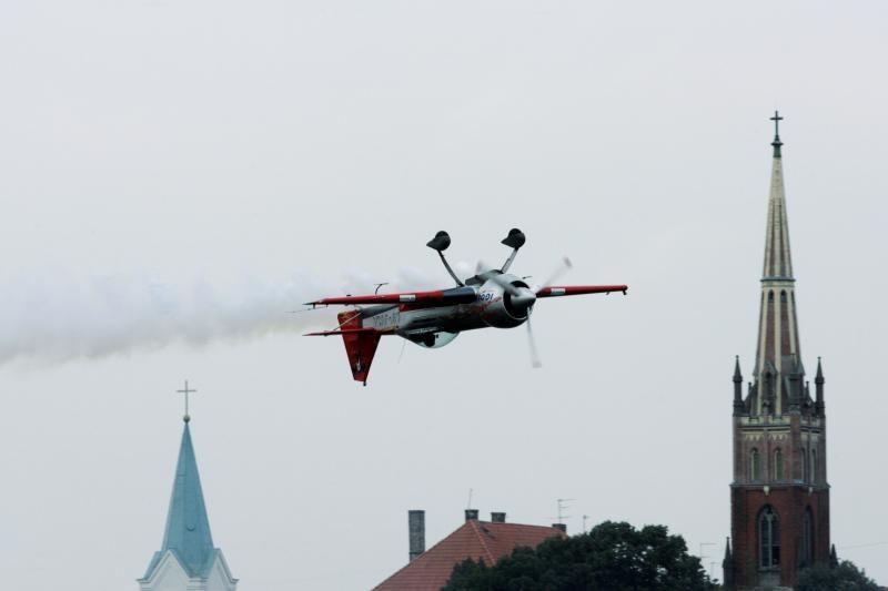 Lietuvos akrobatinio skraidymo meistrai iškovojo bronzą