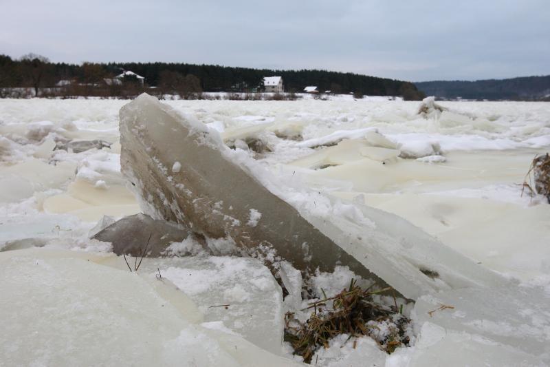 Ledų sangrūda Neryje potvynio nesukels?