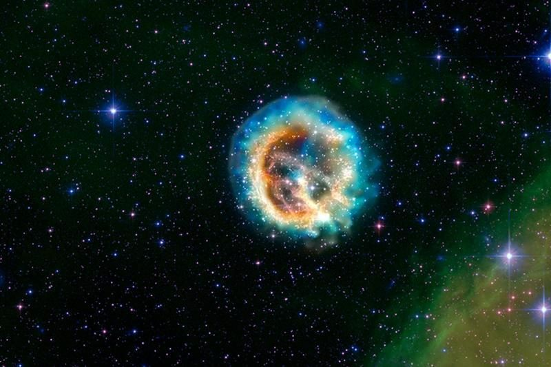 Astronomai atrado išvirkščią supernovą