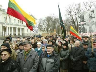 Vilniaus žalumą reprezentuoja protestuojantys pensininkai