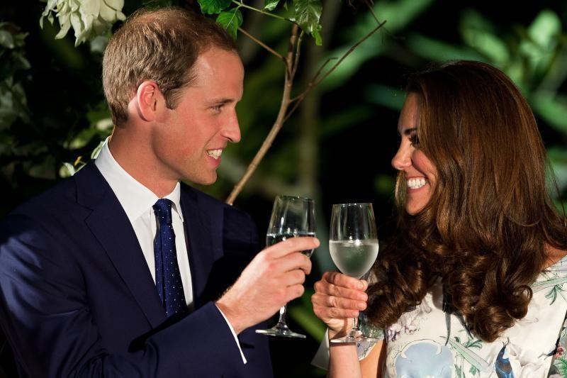 Karališkasis kūdikis vainikuoja Williamo ir Kate meilės istoriją