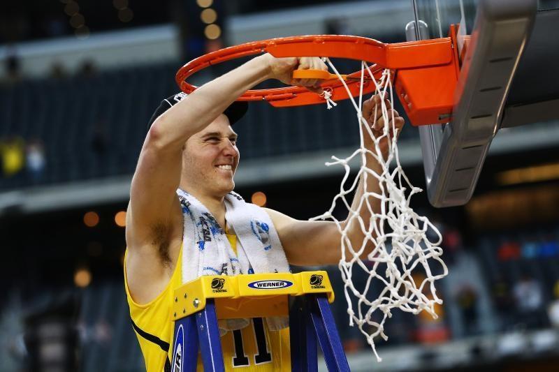 Lietuvių kilmės N. Stauskas - NCAA čempionato finale!