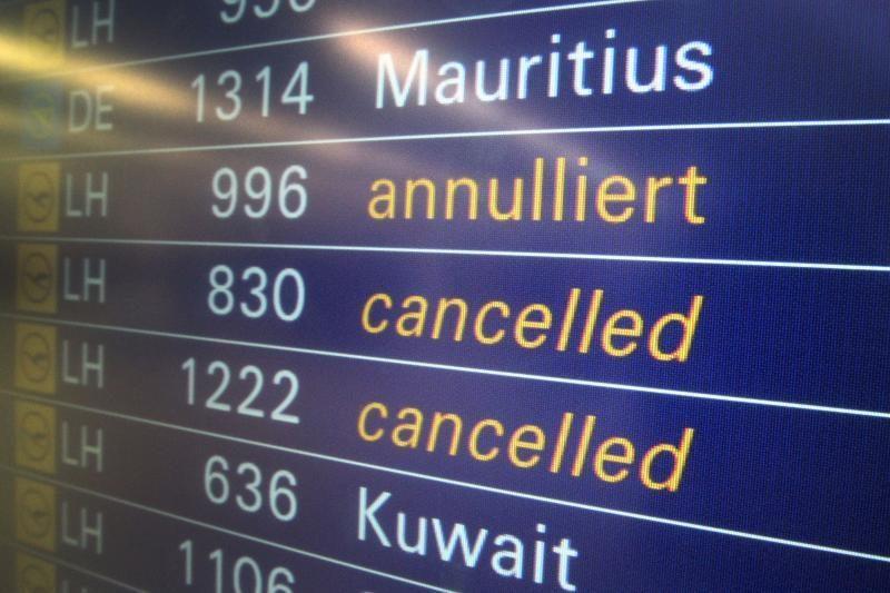 Londono Hitrou oro uoste dėl snygio įstrigo šimtai keleivių