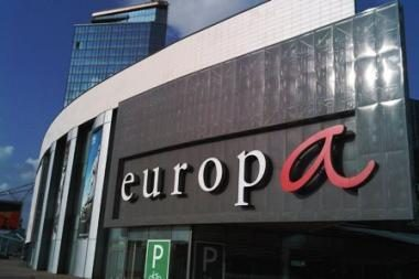 """Liūtis užtvindė """"Maximą"""" prekybos centre """"Europa"""""""