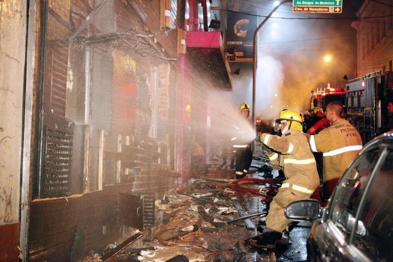 Brazilijoje per gaisrą naktiniame klube žuvo 245 žmonės (papildyta)