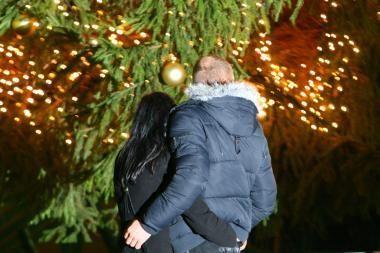 Latvijos ir Estijos premjerai susitarė, kad pirmoji Kalėdų eglutė buvo papuošta Livonijoje