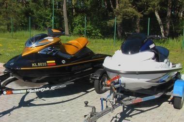 Vandens motociklininkai Kuršių mariose pažeidė sieną su Rusija
