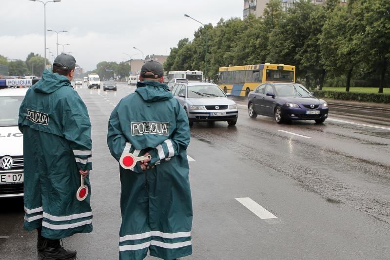 Paskutinį vasaros savaitgalį keliuose siautėjo neblaivūs vairuotojai