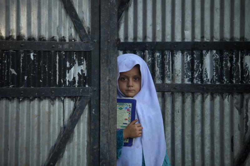 Pakistane susisprogdinus mirtininkui turguje žuvo 10 žmonių