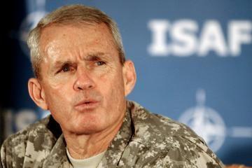 JAV generolas: Afganistanui reikia 400 tūkst. karių
