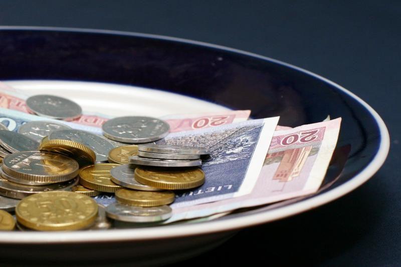 Paprašius paskolos, TVF Lietuvai nurodytų įvesti NT mokestį