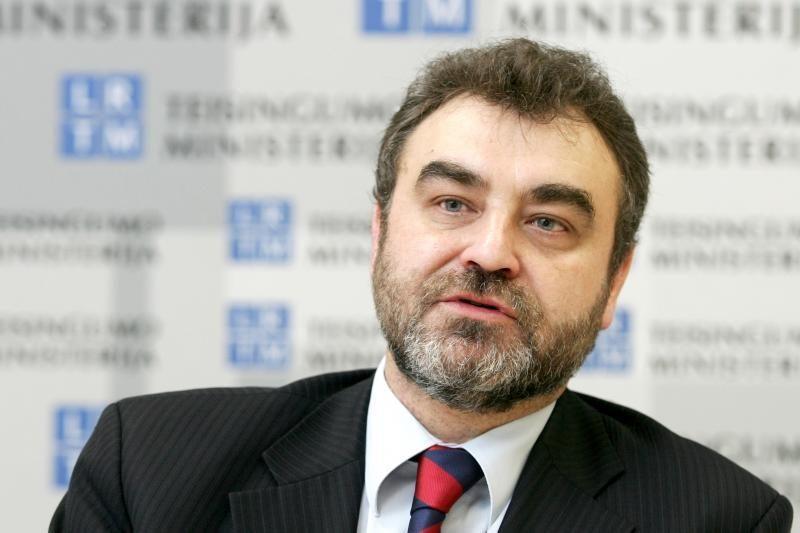 E.Kūris: dėl ES šalių fiskalinės sutarties reikia taisyti Konstituciją