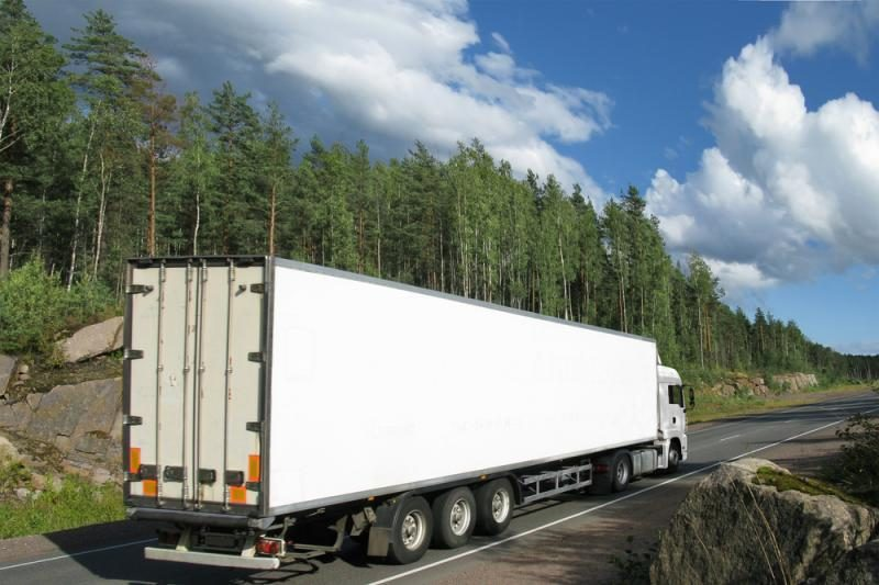 Iš 10 darbdavio mokomų tolimųjų reisų vairuotojų dirbti lieka tik du