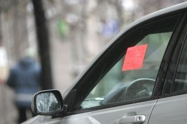 Vilniuje per 4 dienas nuvežti 29 ne vietose pastatyti automobiliai