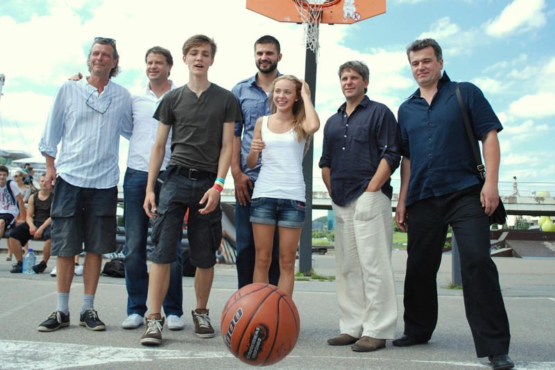 Naujame seriale būsimiems krepšinio dievams talkins Linas Kleiza