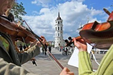 Savaitgalis Vilniuje žada linksmas vasaros palydėtuves (renginių programa)