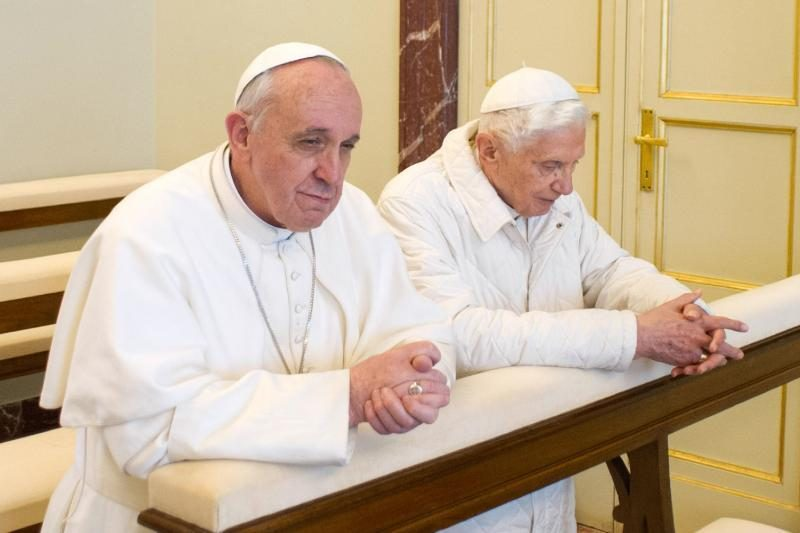 Atsistatydinęs popiežius Benediktas grįš gyventi į Vatikaną