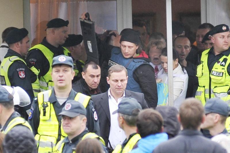 Mergaitės perdavimo L. Stankūnaitei vaizdo įrašo paprašė visas Seimas