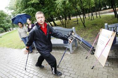 Sveikatos diena Klaipėdoje: joga ir šiaurietiškas vaikščiojimas